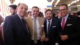 Víctor Vélez, Álvaro Alés, Fernando Sánchez y Steve Cook.