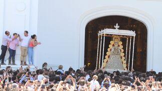 La Virgen vuelve a su templo.