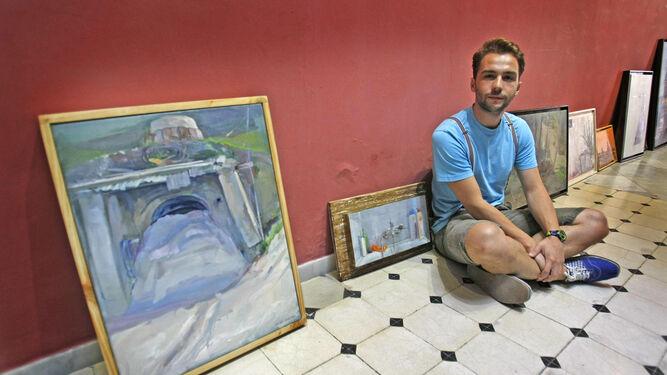 Rafael Laureano es uno de los artistas que exponen su trabajo.