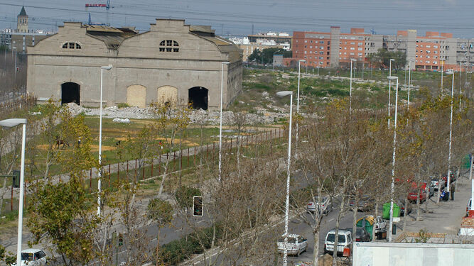 San Jerónimo, antiguas naves de RENFE