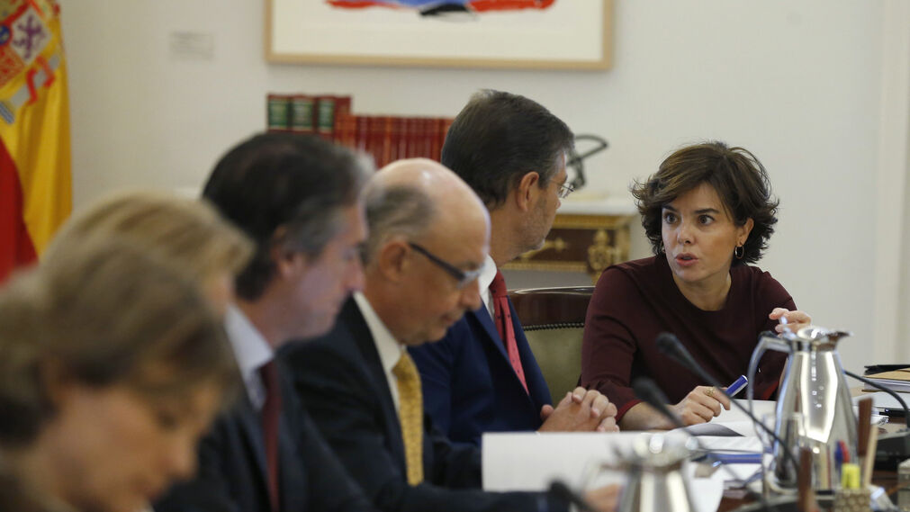 El Consejo de ministros para activar el 155, en imágenes