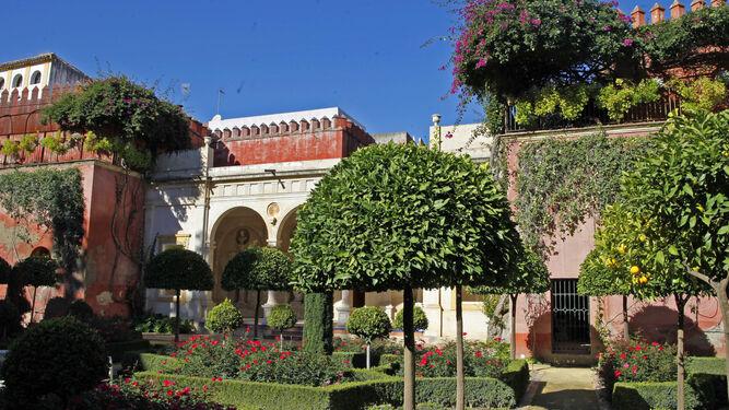 La verja marca el punto de entrada al túnel que da acceso directo al convento de San Leandro.