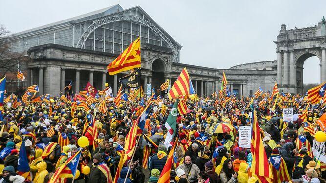 Cientos de personas por la independencia en Bruselas