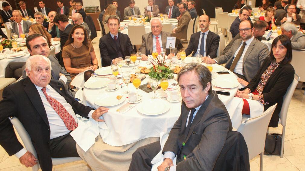 Juan Ramón Guillén, Francisco Pumar, Victoria Herrera, Luis Sánchez, Manuel Contreras, José Miguel Caballero, José Antonio Matz, María León y Ricardo Pumar.