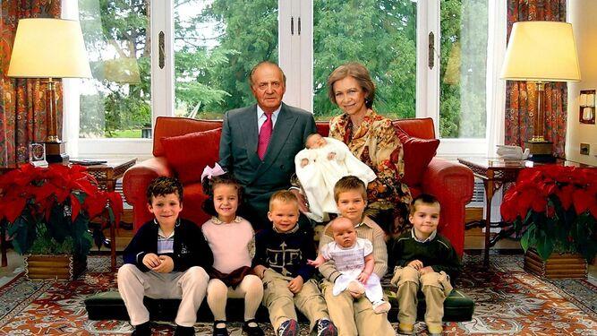 La polémica felicitación de los Reyes Juan Carlos y Sofía en 2005.