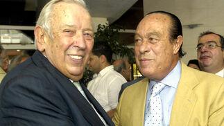 Manuel Olivencia con Curro Romero.