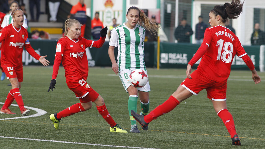 El Real Betis-Sevilla FC femenino, en imágenes
