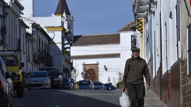 La tranquilidad es la nota dominante en las calles de Las Navas de la Concepción.