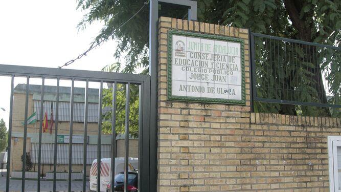Exterior del colegio público de Amate donde han aparecido roedores.