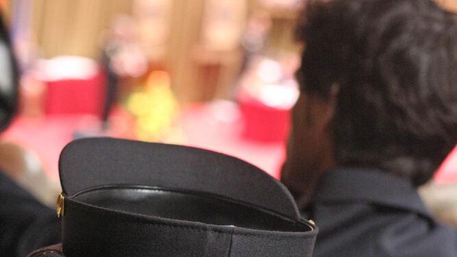 Gorras de la Policía, en el día del patrón.