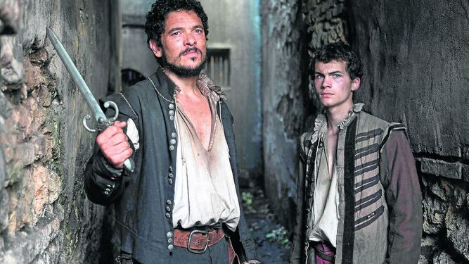 Mateo Núñez y Valerio Huertas investigan cuatro asesinatos misteriosos.