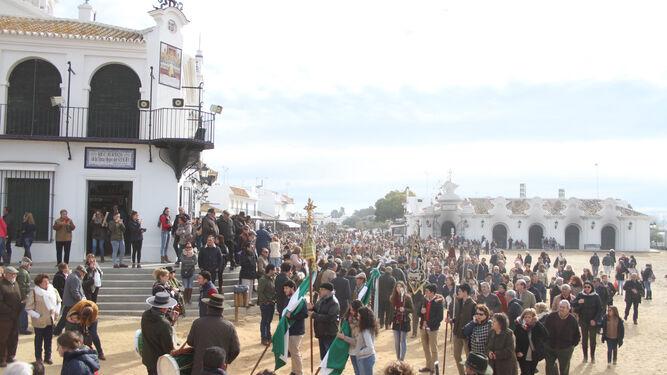 El Rocío celebra un fin de semana lleno de peregrinaciones extraordinarias