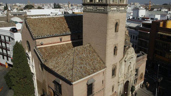 Obras en el forjado de la cúpula de la Iglesia de San Pedro