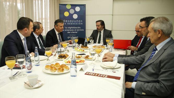 Un momento del desayuno informativo organizado por Grupo Joly y patrocinado por Banco Santander.
