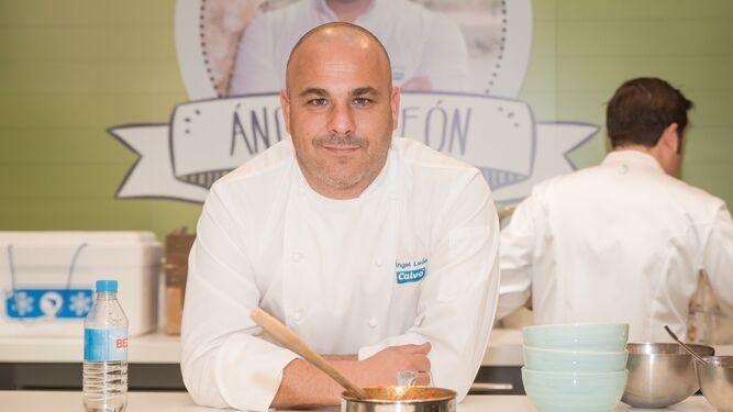 El 'Chef del Mar' se alía  con San Valentín en un menú