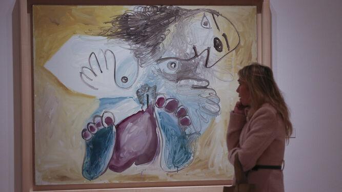 Ante uno de los cuadros de Pablo Picasso seleccionados para este proyecto expositivo.