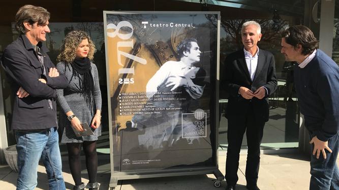 Manuel Ferrand y la compositora María José Arenas, con Miguel Ángel Vázquez y Juan Carlos Garvayo.