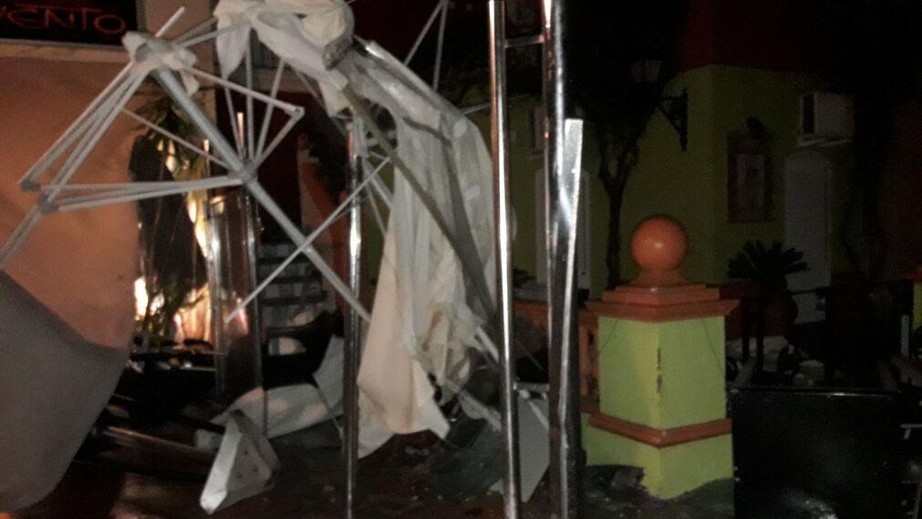 Un tornado causa estragos en Puerto Sherry