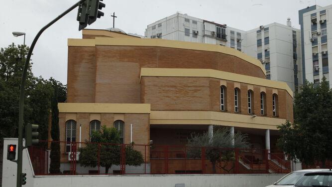 Parroquia de la Resurrección es el número 92 de la calle.