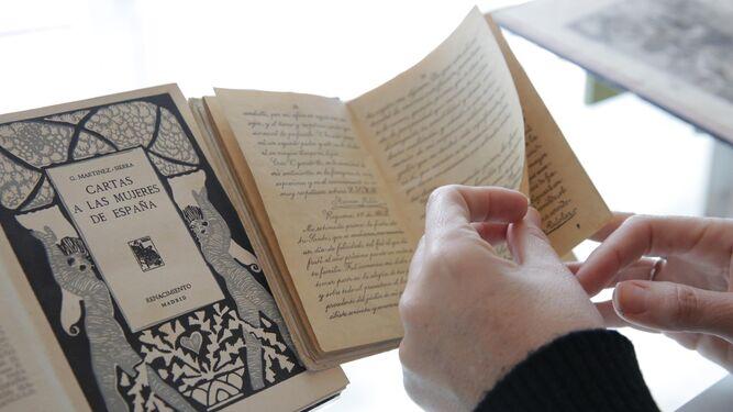 El ejemplar más antiguo es de María de Medici (1614).