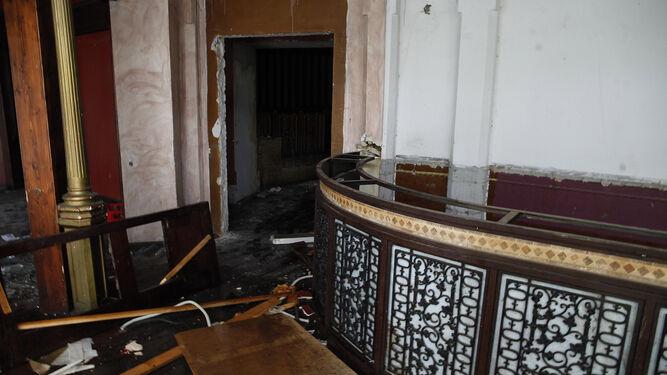 Desperfectos y daños sufridos en el interior del inmueble.