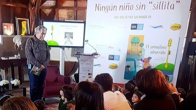 El autor de la obra, Jordi Sierra i Fabra, en la presentación de la campaña.