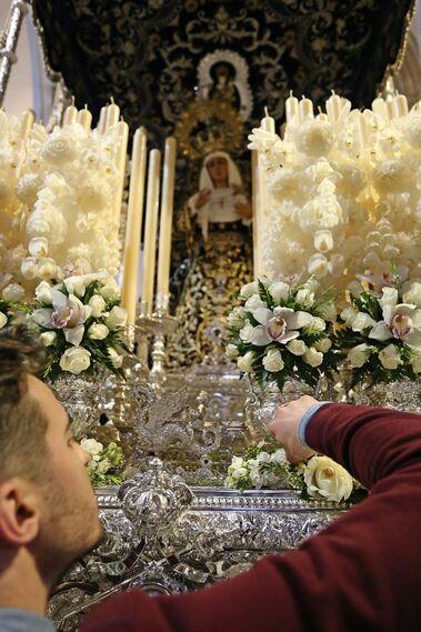 Preparativos para el Domingo de Ramos