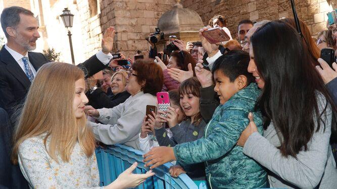 La princesa Leonor recibió el cariño de cientos de asistentes.