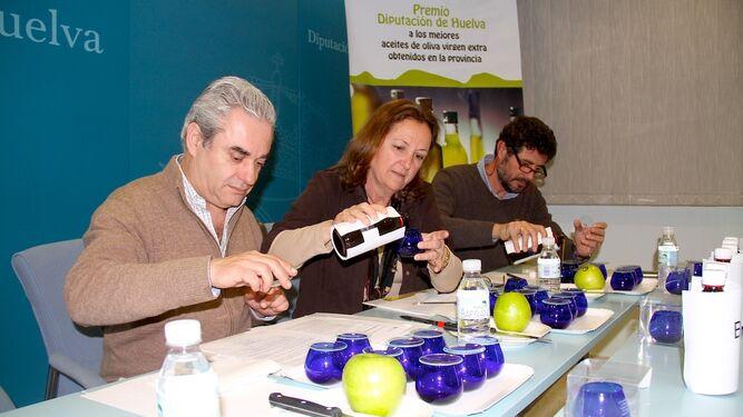 El método de valoración organoléptica, como aparece en la imagen, es un criterio legal excepcional que sólo se aplica a los aceites de oliva vírgenes.