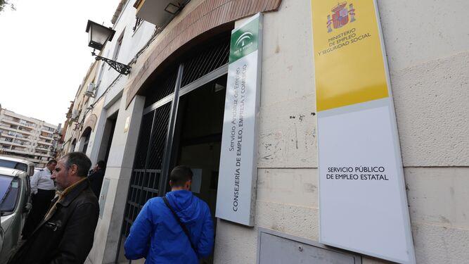 Cifras de paro sevilla pierde m s afiliados que desempleados en junio - Oficina seguridad social sevilla ...
