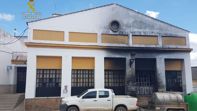 Estado de la fachada de uno de los edificios afectados.