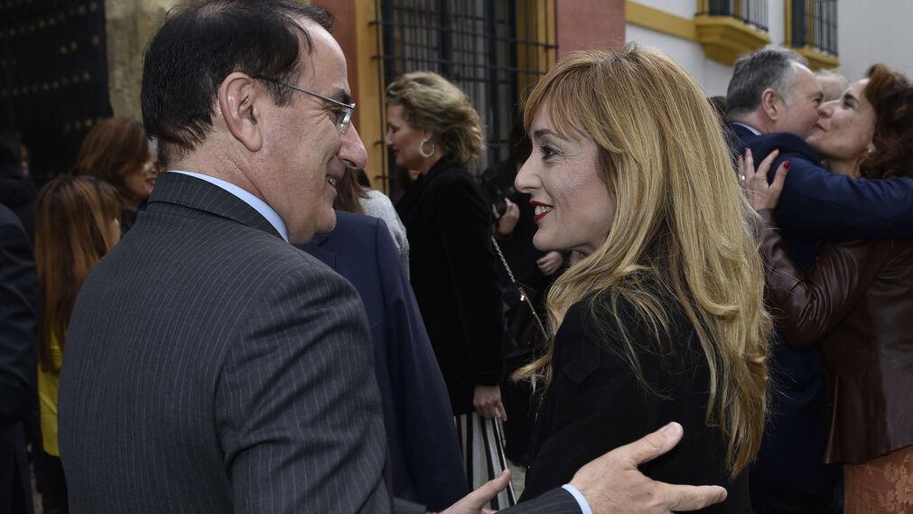 Javier González de Lara, presidente de la CEA, y Carmen Castilla, secretaria general de UGT-A.