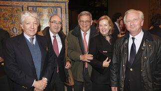 José María de la Cuadra, José María Loring, Ignacio Lojendio, María Osborne y Alberto Ybarra.