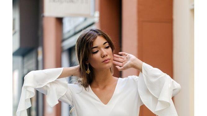 Blusa blanca de Trajano 11.