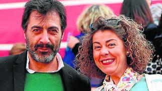 El escritor Juan del Val y Mari Ángeles Porcuna.