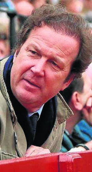 Iván Domecq.