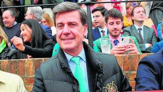 Luis Manuel Halcón de la Lastra y Cayetano Martínez de Irujo.