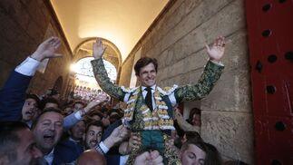 Las imágenes de la octava de abono en la Real Maestranza de Sevilla