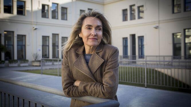 Myriam Herrera, en la Facultad de Derecho, durante un momento de la entrevista.
