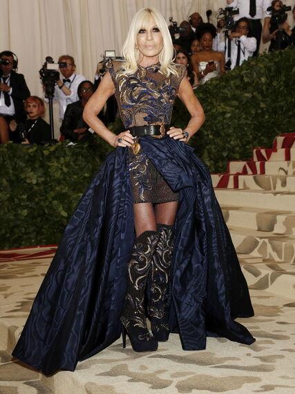 GALA MET 2018. Donatella de Versace.