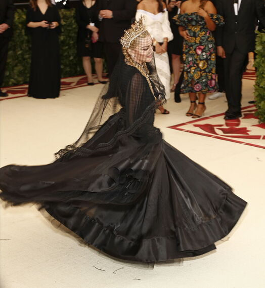 GALA MET 2018. Madonna de Jean Paul Gautier.