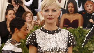 GALA MET 2018. Michelle Williams de Louis Vuitton.