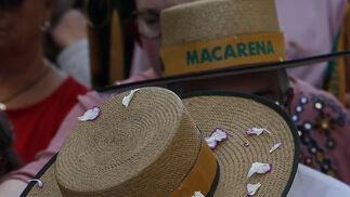 La Macarena, camino del Rocío