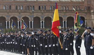 Acto de la Policía Nacional en la Plaza de España