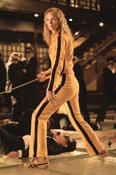 Las zapatillas amarillas de Uma Thurman en 'Kill Bill' (2003-2004).