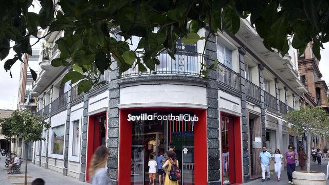 fb93296cf Las tiendas de deportes descubren en el centro de Sevilla su milla de oro