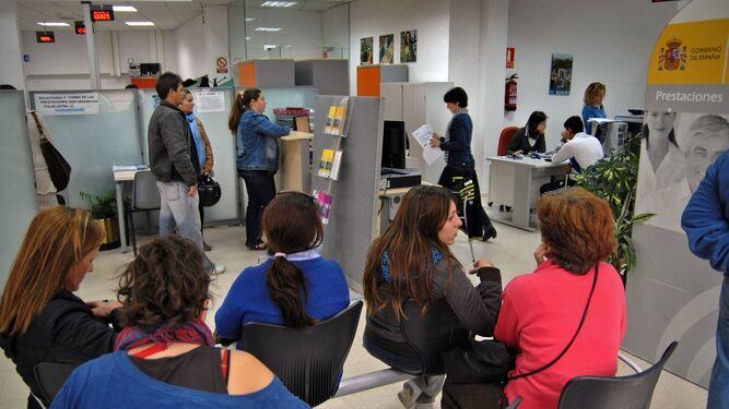 El paro sube en personas en espa a en el mes de septiembre - Oficina de empleo andalucia ...