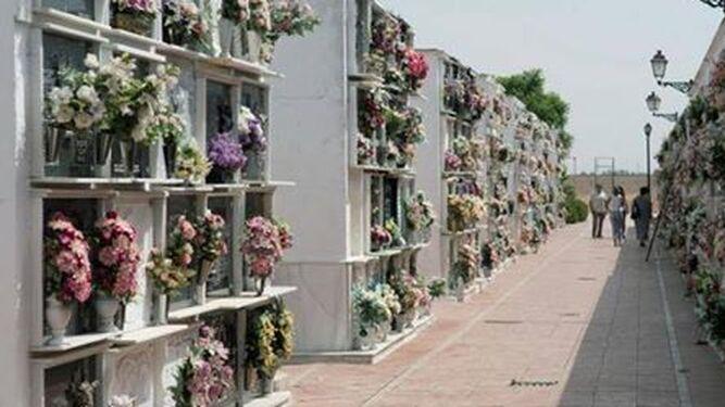 El cementerio de Fuentes de Andalucía.