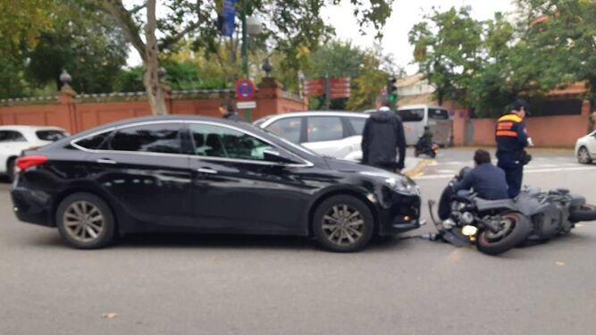 Herido grave un motorista en un accidente con un Cabify