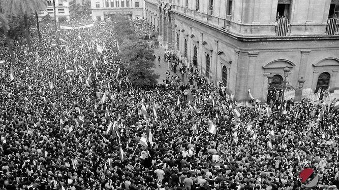 La histórica manifestación del 4 de diciembre en Sevilla